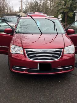 Crysler Town&Country 2016 For Sale for Sale in Seattle,  WA