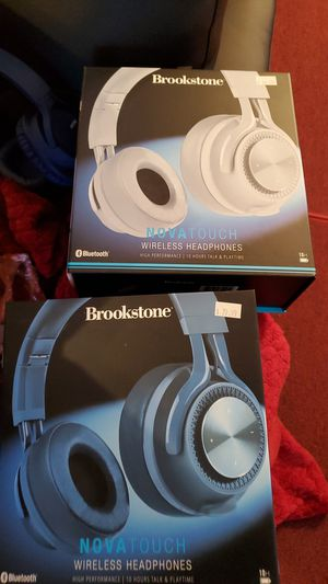 Bluetooh headphones New in box never used for Sale in Athens, GA