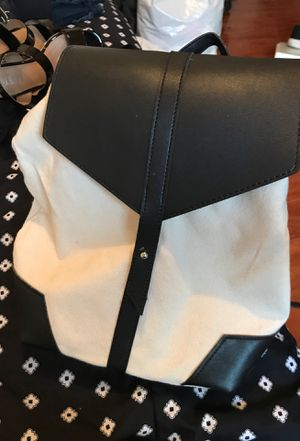 Black and white backpack purse for Sale in Chula Vista, CA