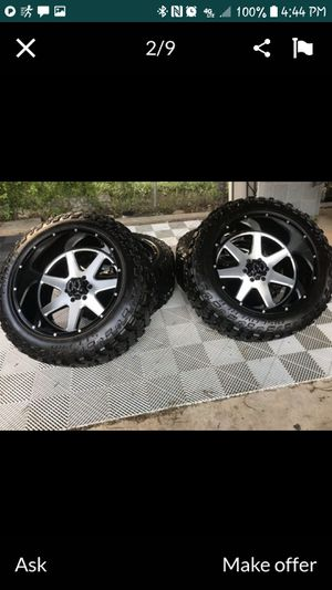 Chevy 6 lug only 22x12s on cooper 35x12.50x22 for Sale in Natalia, TX