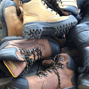 Work boots (Used And new) Wholesale for Sale in City of Industry, CA