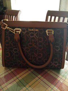 Calvin Klein purse. for Sale in Fullerton, CA