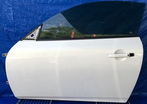 2008 - 2012 INFINITI G37 COUPE FRONT LEFT DRIVER SIDE DOOR WHITE for Sale in Fort Lauderdale, FL