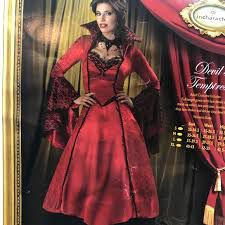 Incharacter costumes Devil's Temptress size M for Sale in Independence, KS