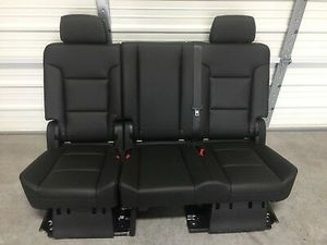 2007-2019 Tahoe, Escalade, & Yukon Denali second 2nd row bench seat leather for Sale in Houston, TX