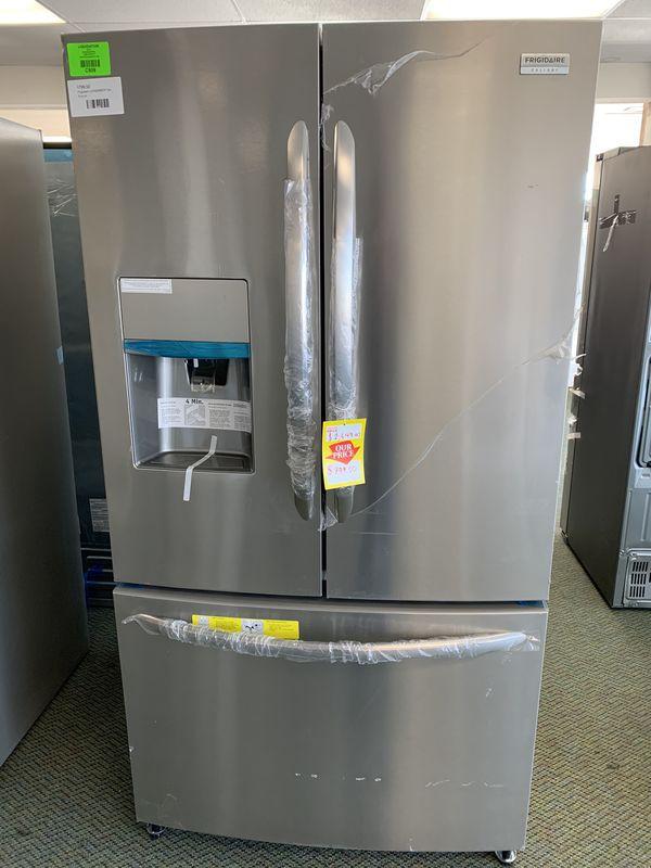Frigidaire Refrigerator LGHB2869TF Brand New!! Comes with Warranty!! G3
