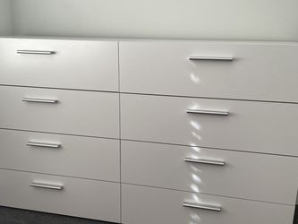 White Dresser for Sale in Issaquah,  WA