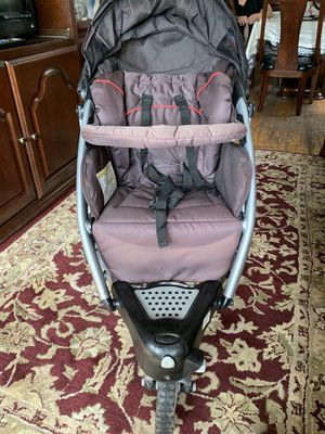 graco stroller with car seat for Sale in Chicago, IL