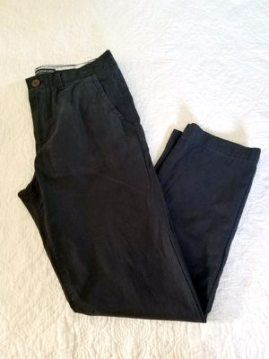 NEVER BEEN WORN Men's Navy Khakis for Sale in Rockville, MD