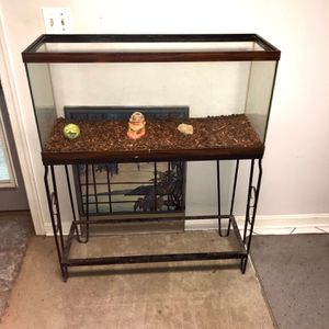 Fish/Animal Tank With Stand for Sale in Upper Marlboro, MD