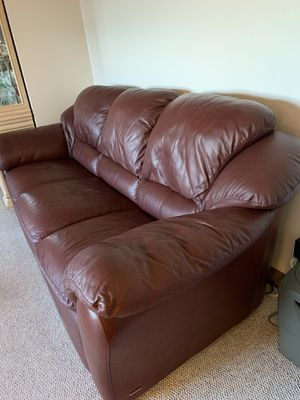 Burgundy real leather sofa for Sale in Buffalo, NY