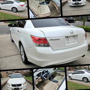 Only $1200Immaculatewhite 2010 Honda Acc0rd EX-L for Sale in Houston, TX