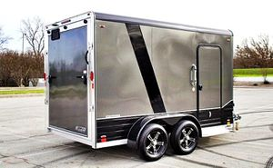 $1000 Cargo Enclosed 2016*GREAT CONDITION* for Sale in New York, NY