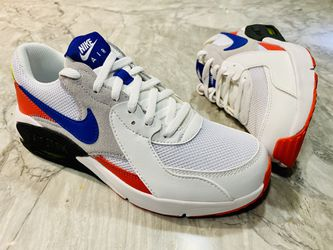 Nike sneakers 4Y for Sale in Forest Heights,  MD