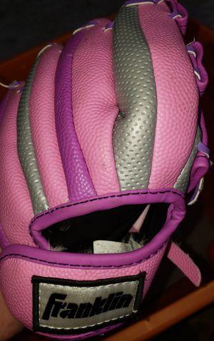 Girls baseball glove for Sale in Fresno, CA