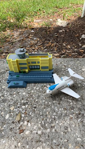 Thomas and Friends Trackmaster / Wooden Railway Sodor Airport with Jeremy the Jet Plane for Sale in Lake Mary, FL