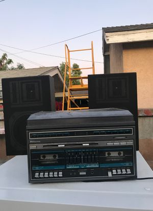 Sr2000 Stereo System / vinyl player for Sale in East Compton, CA