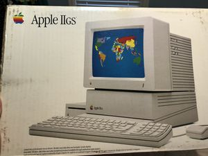 New in box Vintage Apple IIGS computer for Sale in West Columbia, SC