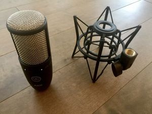 AKG P220 mic + m-audio m-track usb midi interface w/ stand & chords for Sale in Moreno Valley, CA