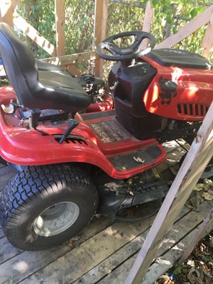 Riding lawn mower for Sale in Columbus, OH