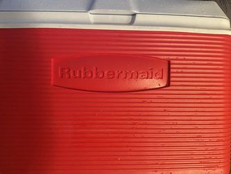 Cooler Rubbermaid for Sale in Kent,  WA
