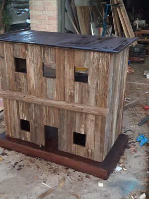 Bar old west saloon dog house for Sale in San Antonio, TX