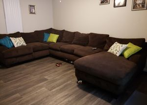 Brown down feather sectional for Sale in Maricopa, AZ