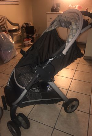 Baby Car seats and stroller for Sale in Compton, CA