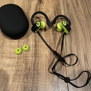 Beats by Dr Dre Powerbeats 3 Wireless Headphones Earbuds for Sale in Livermore, CA