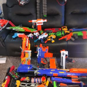 Nerf Arsenal Over 20 Dart Guns And Blasters With Protective gear for Sale in Aurora, CO