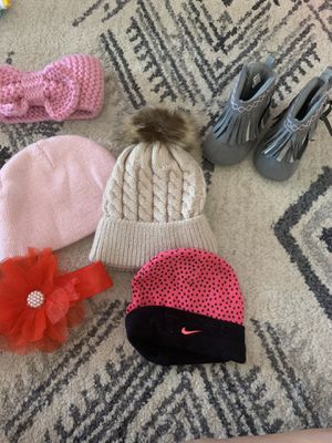 Baby girl winter bundle for Sale in Phoenix, AZ