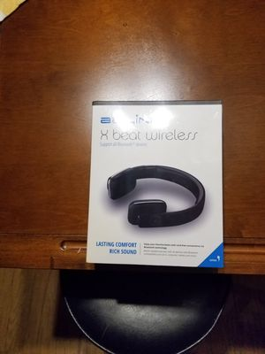 BEAT WIRELESS HEADPHONES for Sale in Clermont, FL