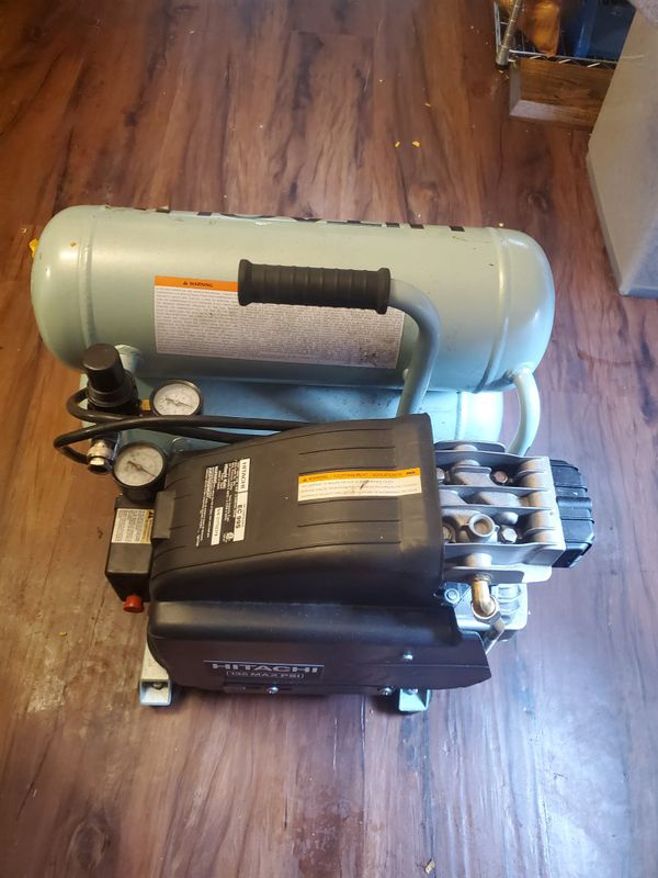 Like new hitachi air compressor