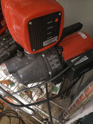 Leader pump with hydrotronic ecojet 110 for Sale in Yorba Linda, CA