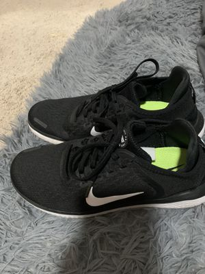 Nike running shoes for Sale in Kissimmee, FL