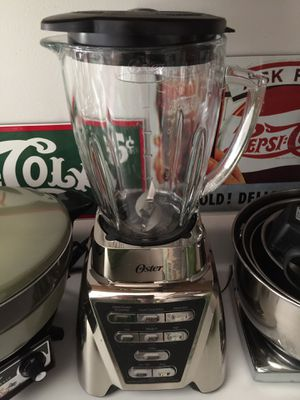 Blender Like New for Sale in West Newton, PA