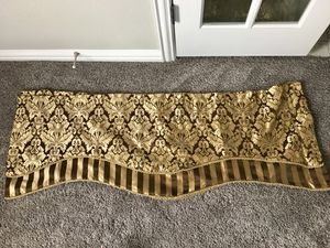 (4) window valances for Sale in Wylie, TX