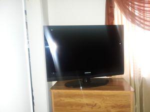 Flat screen TV ( not smart TV) for Sale in El Monte, CA
