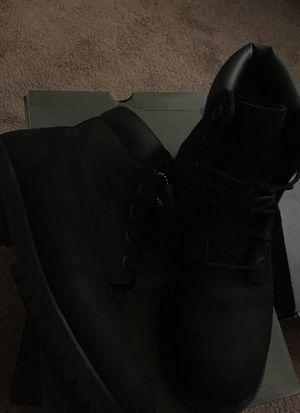 Black timberlands size 7 for Sale in Las Vegas, NV