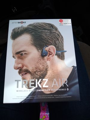 TREKS AIR WIRELESS BONE CONDUCTION TECHNOLOGY HEADPHONES for Sale in Humble, TX