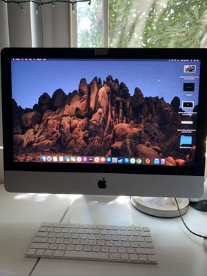 """Apple iMac 21.5"""" (Late 2015) Perfect condition for Sale in Pasadena, CA"""