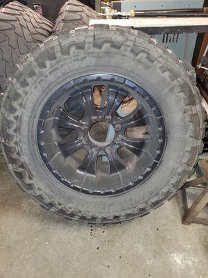 37 12.5 x 20 8 lug ford for Sale in Monroe, MI