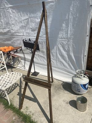 Pic stand for Sale in Bakersfield, CA