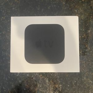 Apple TV 3rd Generation Media Streamer with Remote and Cable (A1469) for Sale in Wakefield, MA