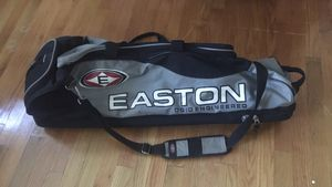 Easton Ogio Engineered, Multi-Bat Baseball Bag for Sale in Suffolk, VA