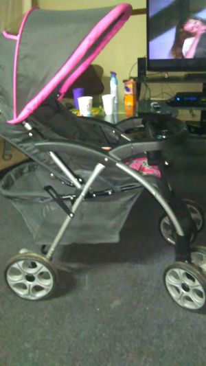 Safety first baby stroller for Sale in Pittsburgh, PA