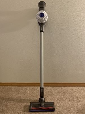 Dyson V6 Cordless Vacuum for Sale in Seattle, WA