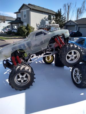 Trexxs gas RC truck for Sale in Eugene, OR
