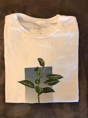 VANS - MEDIUM SHIRT PACK for Sale in Fullerton, CA
