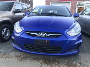 2012 Hyundai Accent 6 speed Manual for Sale in Framingham, MA